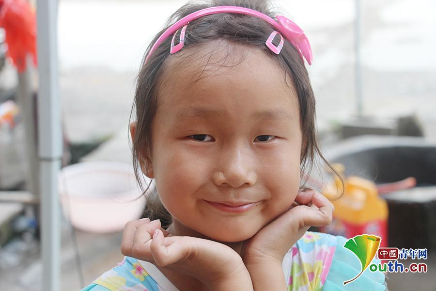 孝莲可爱的笑脸.中国青年网通讯员 陈梨鹭摄