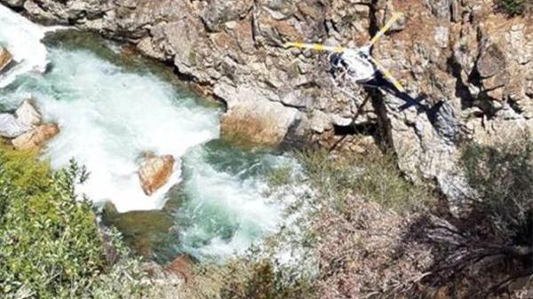 中国夫妇在美疑车祸坠崖 警方继续打捞进展缓慢