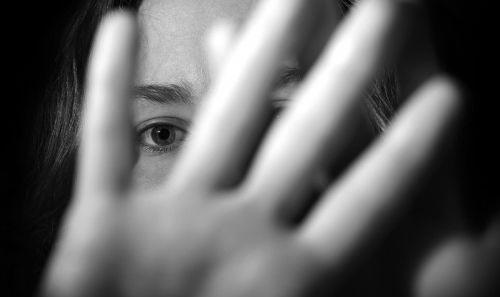 12355携手各界专家 发布青少年防性侵十条小贴士