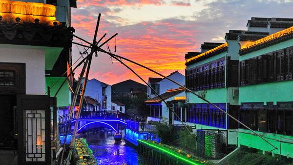 阅读上海100胜 50 | 枕海听潮 渔民的蓝色家乡 游人的金色梦乡