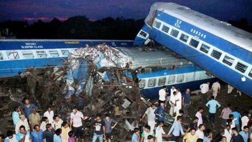 印度火车脱轨事故共造成23人死亡 或为员工疏忽所致
