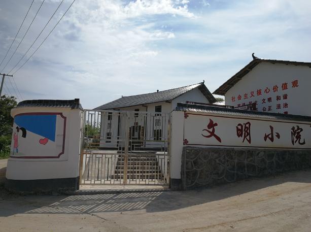 1153寻乌县 南龙村