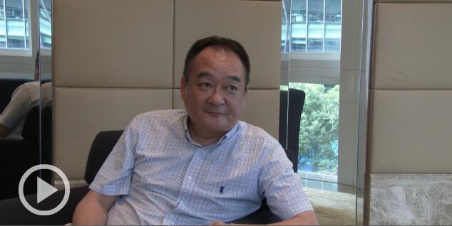 采访荣威品牌产品专业讲师瞿国良先生