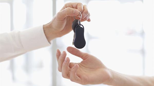 """买车要付给4S店一笔服务费 这""""服务费""""到底是什么鬼?"""