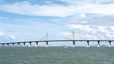 支撑粤港澳大湾区珠三角崛起世界级城市群