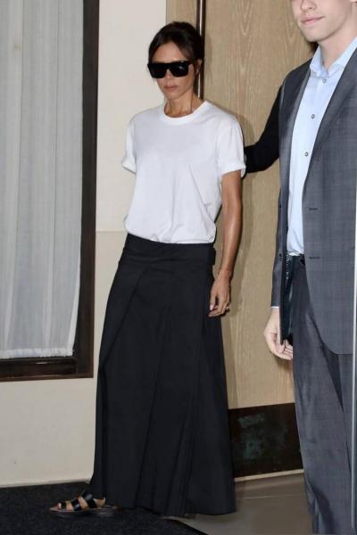 会穿的女人才好命?会穿白T的贝嫂才是人生赢家