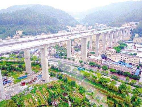 凤凰山隧道完成工程总量逾八成,只需半小时到达增城