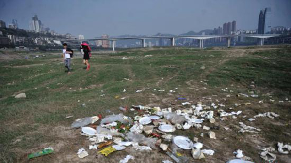 每天2000万份!外卖用的塑料袋可覆盖168个足球场