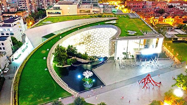 阅读上海100胜 84 | 晶彩自然 标本谱演化乐章 绿螺展生命画卷