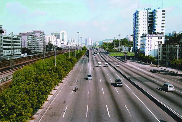 广园快速路科韵路至开发大道段10月1日起夜间全封闭施工