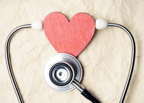 """关注""""世界心脏日""""   高血压老病号更易在夜间突发心病"""