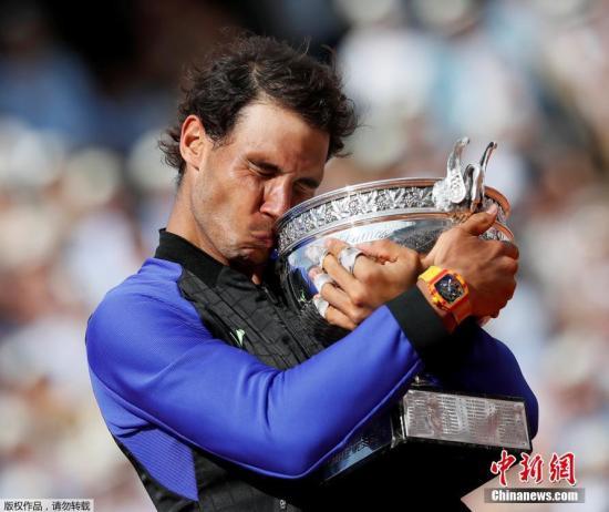 网球天王纳达尔:本赛季走出低谷得益于身体健康