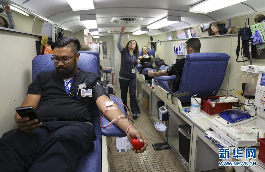 献血、帮寻亲 民众爱心温暖拉斯维加斯(组图)