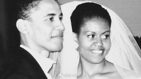 奥巴马夫妇银婚 米歇尔发推:你是我认识最卓越的人