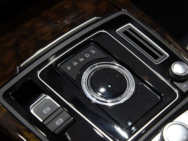 众泰汽车 众泰Z700 2016款 1.8T G20公务版