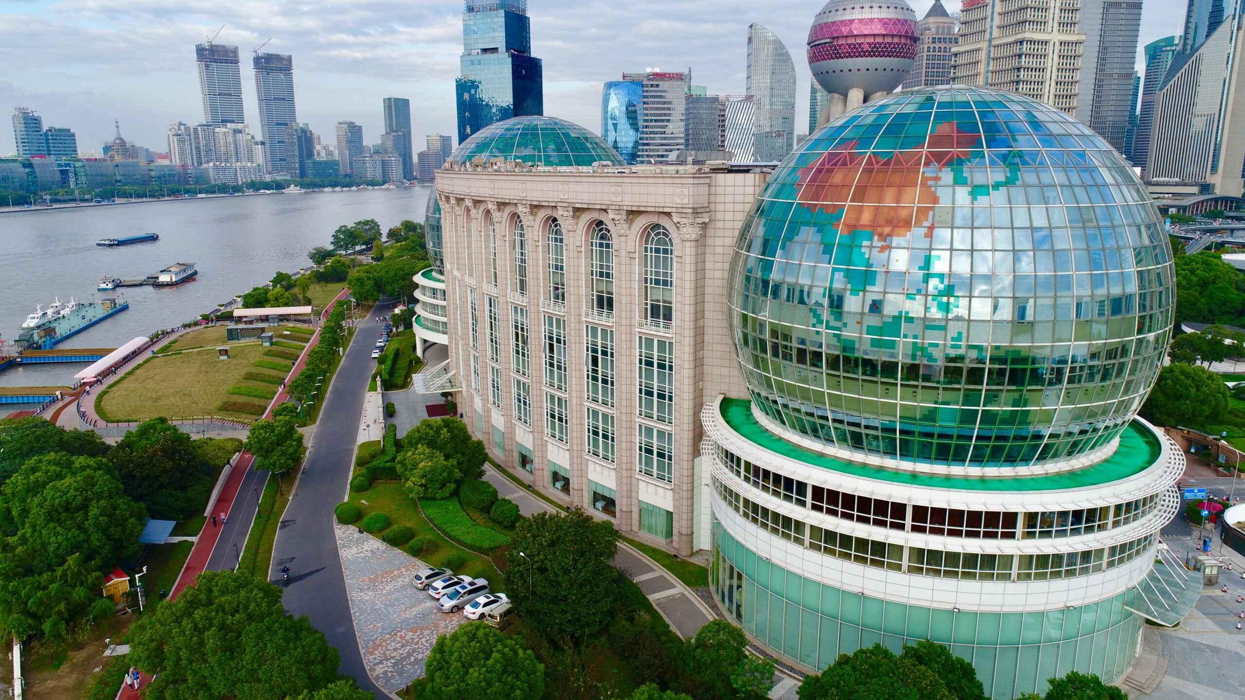 阅读上海100胜 100 | 地球明珠 大珠小珠看世界