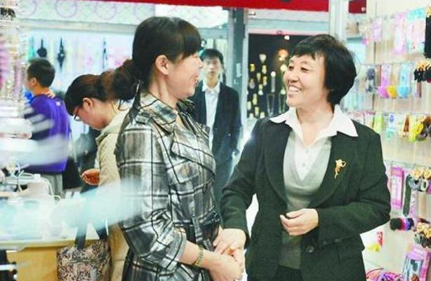 """【中国梦·践行者】王焕荣:俭以养德 """"育民""""为本"""