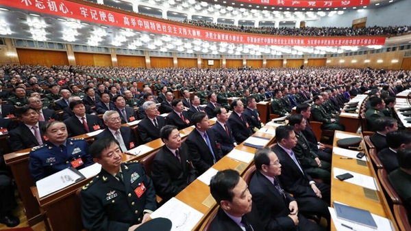 习近平强调坚持走中国特色强军之路,全面推进国防和军队现代化