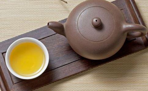 秋季到 巧喝茶解秋燥