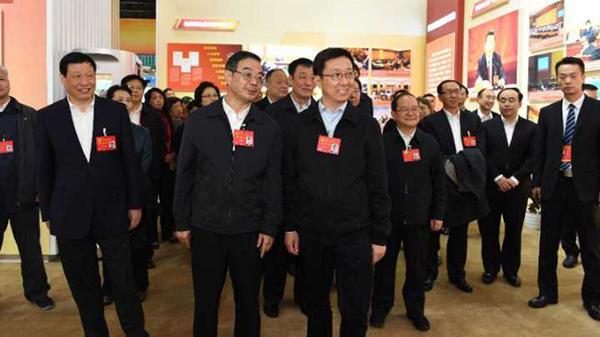 """上海市代表团集体参观""""砥砺奋进的五年""""大型成就展"""