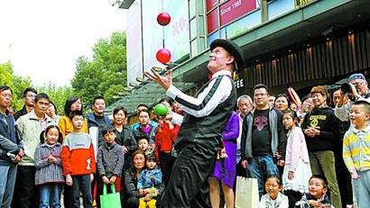 上海街头艺人将首次评选才艺