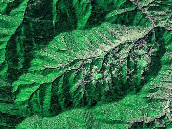 从400公里高空俯瞰中国 你看像什么?