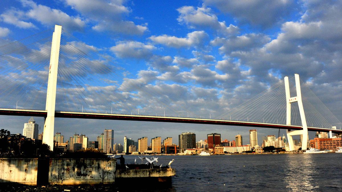 上海今日多云最高22℃ 明起冷空气带来大风降温