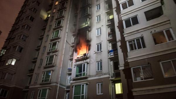 凌晨2点半 静安区广中西路99弄发生火灾