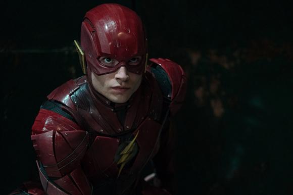 DC漫画超级英雄今日集结!IMAX版《正义联盟》燃爆了