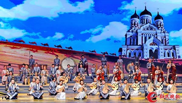 艺术节开幕演出《海上生明月》昨晚在上海大剧院彩排-郭新洋.jpg
