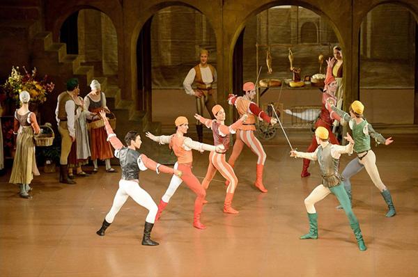 斯图加特芭蕾舞团《罗密欧与朱丽叶》.jpg