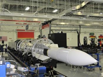 """【兵器】美加速部署""""标准-6""""舰载防空导弹"""