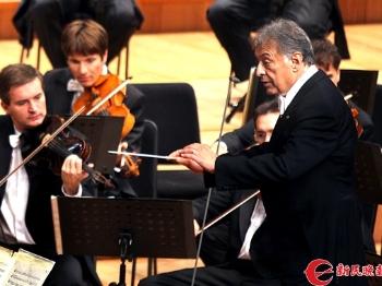 东艺签约维也纳爱乐  指挥上谁 观众来点