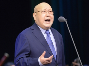 全国京剧名家为虹桥艺术中心揭幕首演