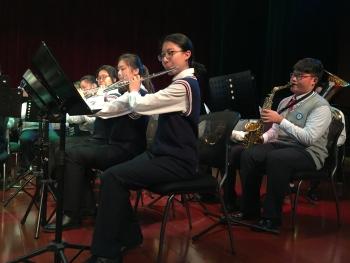 上师大附中管乐团 用西方乐器吹响中国旋律